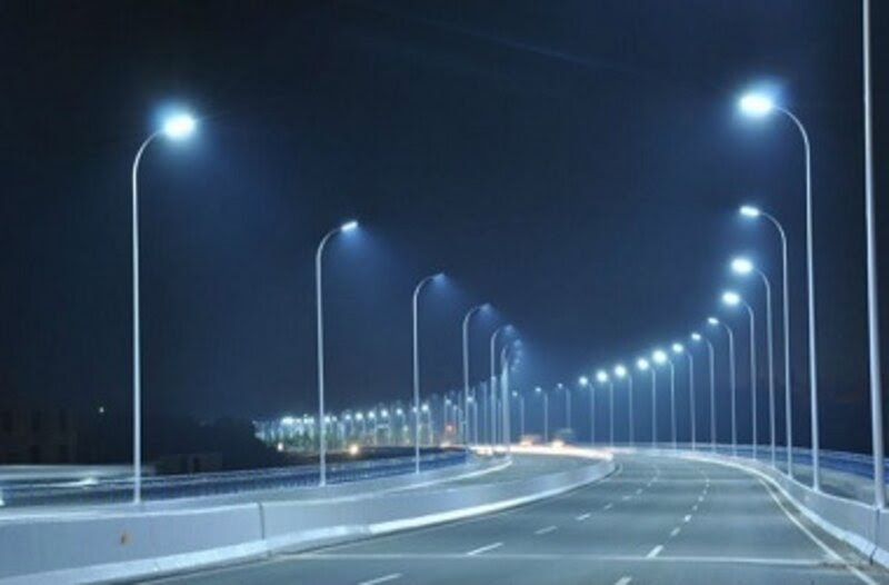 Éclairage public ElecPlus
